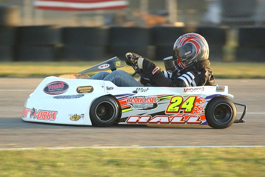 Kart Racing Returns to Devil\'s Bowl Speedway - New England Racing