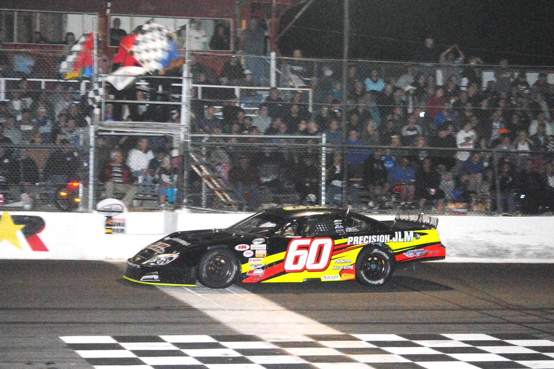 Dj Shaw Fends Off Challenges Cruises To Star Classic 100