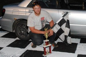 Ray Dinsmore topped the Spectator Drags.